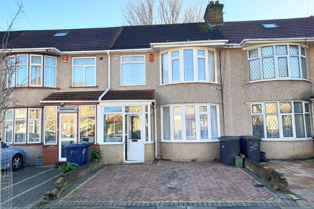 Thumbnail Terraced house to rent in Evelyn Grove, Southall
