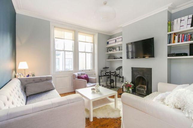 2 bed flat for sale in Crampton Street, London