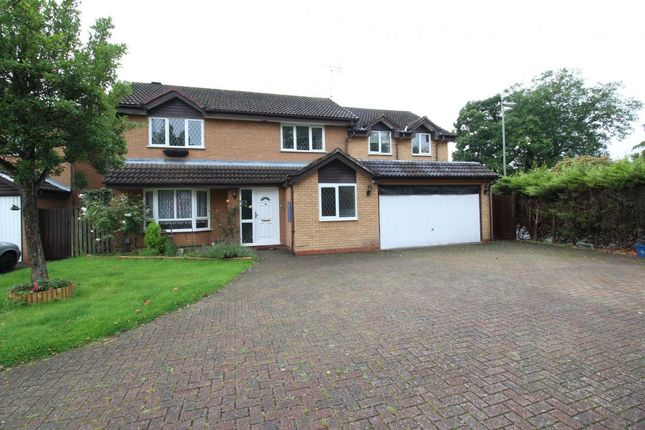Thumbnail Detached house to rent in Merlin Way, Farnborough