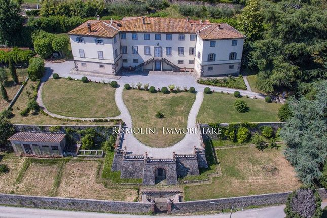 a geography of villa emo Villa emo is a patrician villa in the veneto, northern italy, near the village of  fanzolo di vedelago it was designed by andrea palladio in 1559 for the emo  family.