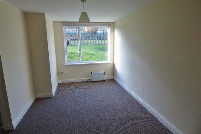 Bedroom of Weavers Brook, Illingworth, Halifax HX2