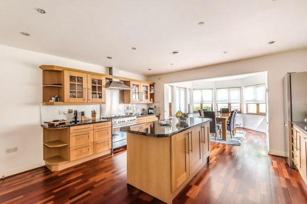 Thumbnail Detached house to rent in Cuffley, Potters Bar