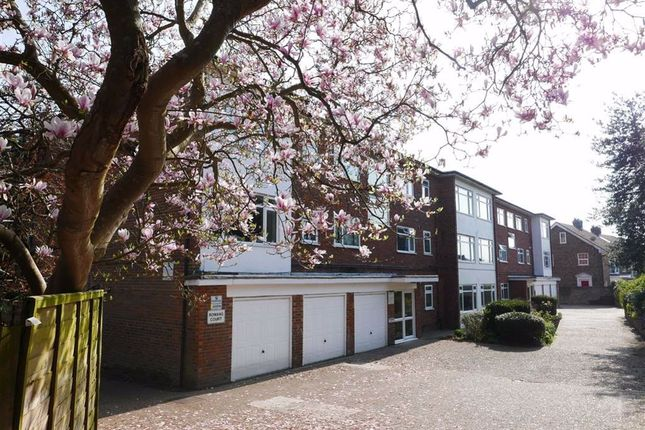 Thumbnail Flat for sale in Rowans Court, Lewes, East Sussex
