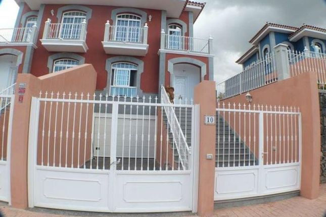 Thumbnail Town house for sale in El Madroa±Al, Tenerife, Spain