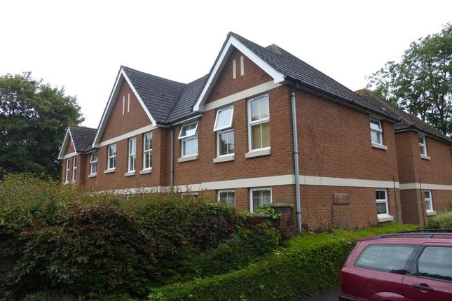 1 bed flat to rent in Regents Park Road, Southampton