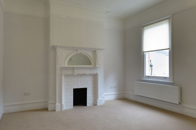 Thumbnail Flat to rent in Park Hall Road, West Dulwich, London