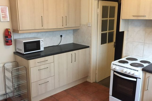 Thumbnail Terraced house to rent in Room 1, 52 Queen Street, Treforest