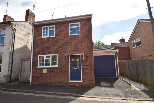 Thumbnail Detached house for sale in Middle Road, Worcester
