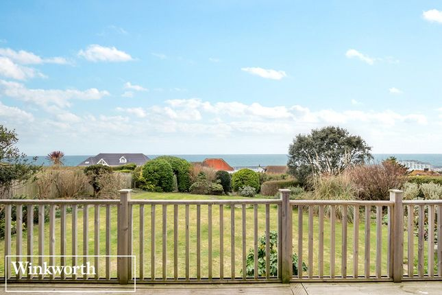Picture No. 26 of Roedean Crescent, Roedean, Brighton, East Sussex BN2