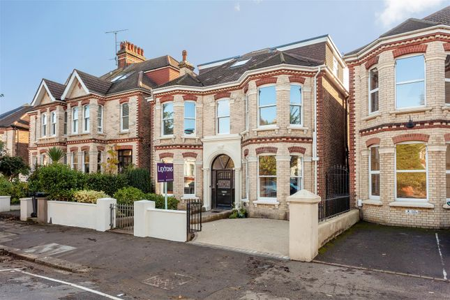 Thumbnail Detached house for sale in Wilbury Avenue, Hove