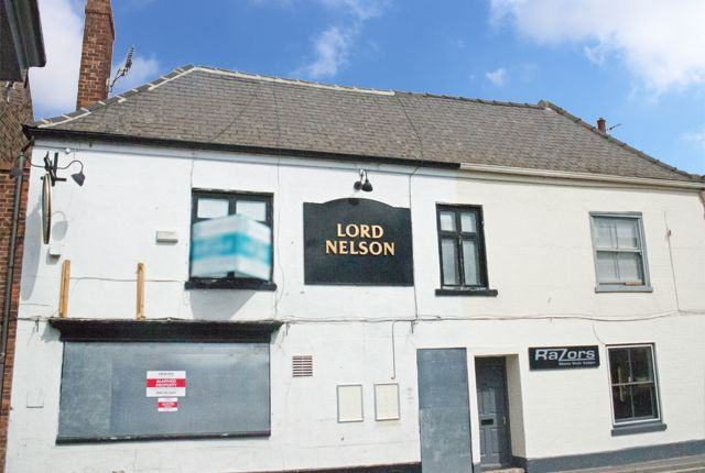 Thumbnail Pub/bar for sale in Flemingate, Beverley