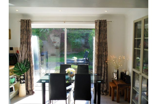 Dining Area of Wilshere Close, Kirby Muxloe, Leicester LE9