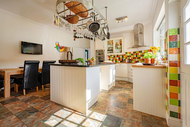 Thumbnail Detached house for sale in Whitedale, Hull