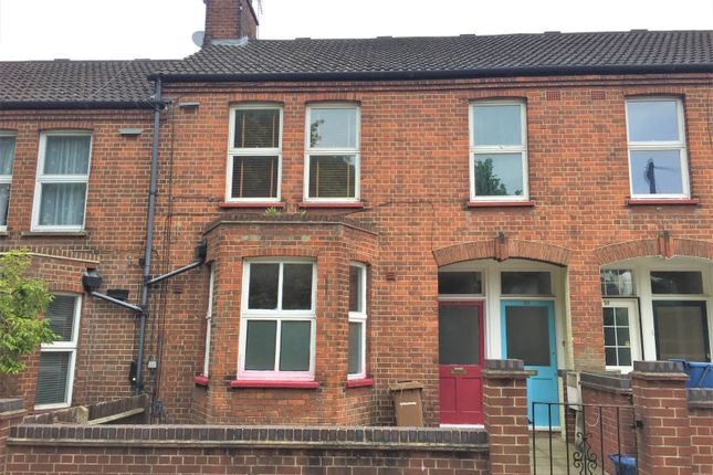 Thumbnail Flat to rent in Fletching Road, London