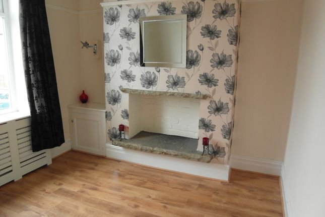 Thumbnail Terraced house to rent in Shaftesbury Avenue, Burnley