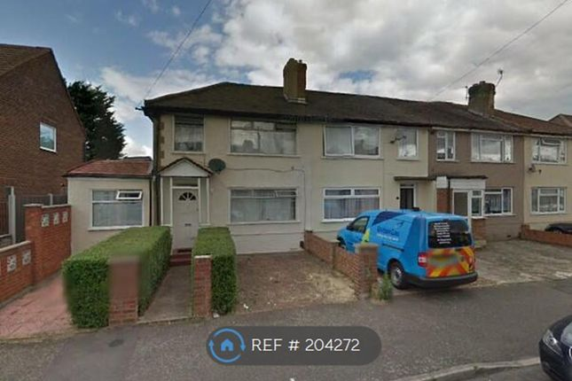 Thumbnail Semi-detached house to rent in St. Andrews Avenue, London