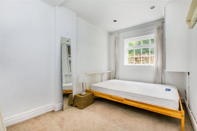 Bedroom of New Kings Road, London SW6