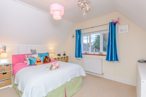 Photo 13 of Holmer Green Road, Hazlemere, High Wycombe HP15