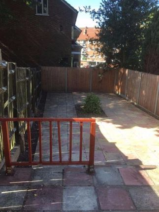 Thumbnail Terraced house to rent in Nightingale Place, London