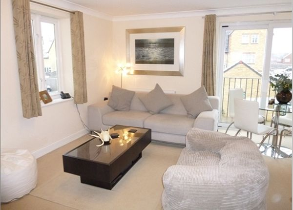 Thumbnail Flat to rent in Thornley Close, Abingdon