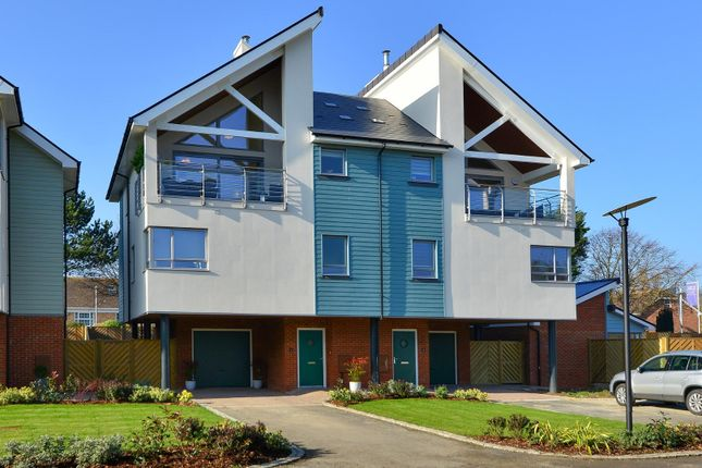 Thumbnail Semi-detached house for sale in Moncrieff Gardens, Hythe