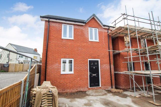 3 bed detached house for sale in Greenhill Lane, Riddings, Alfreton DE55