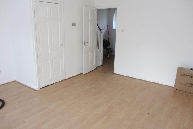 Living Room of Pittman Gardens, Ilford IG1