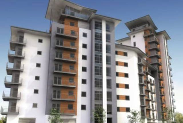 Flat to rent in Overstone Court, Cardiff