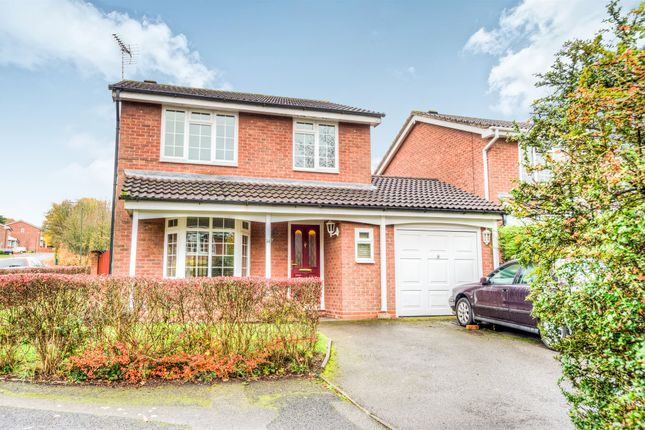 Thumbnail Detached house for sale in Peterbrook Close, Oakenshaw, Redditch