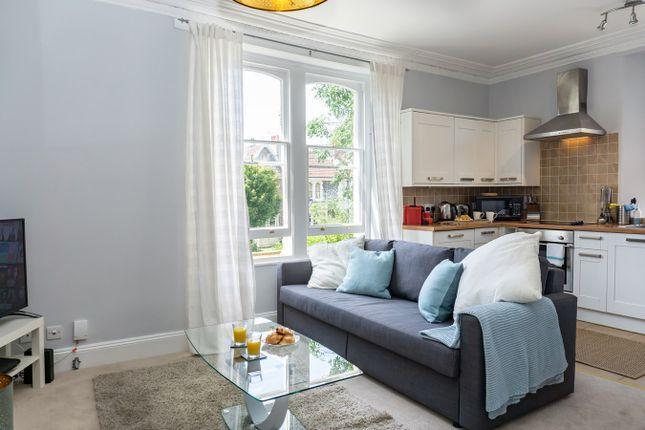 Thumbnail Flat to rent in Elliston Road, Bristol