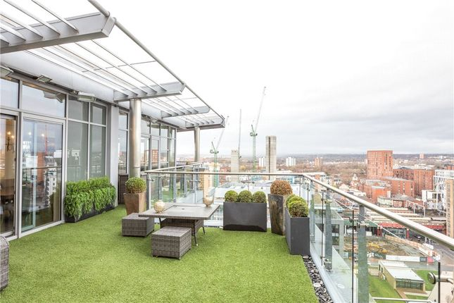 Thumbnail Flat for sale in Leftbank, Spinningfields, Manchester, Greater Manchester