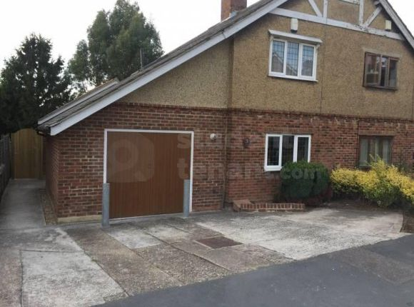 Thumbnail Shared accommodation to rent in Pretoria Road, Canterbury, Kent