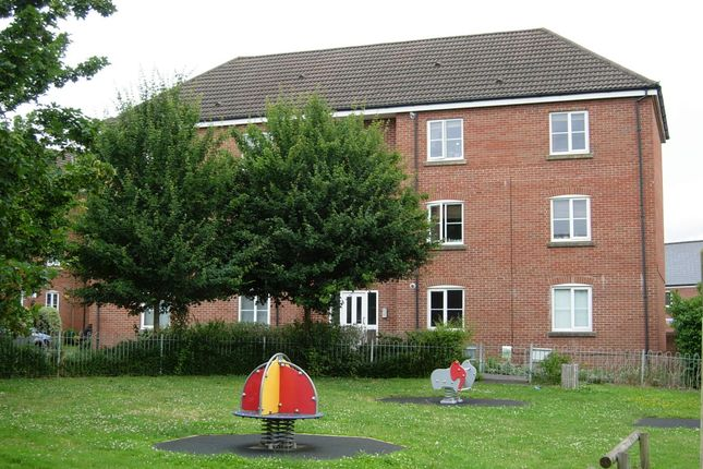 Thumbnail Flat to rent in Fishers Mead, Long Ashton, Long Ashton, Bristol, Bristol