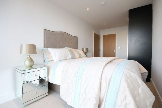 Master Bedroom of Beacon Point, 12 Dowells Street, New Capital Quay, Greenwich SE10