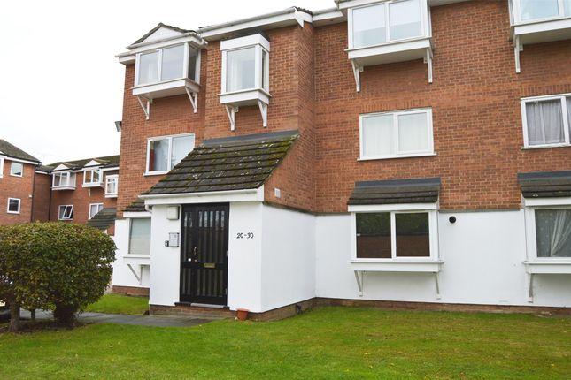 Thumbnail Flat to rent in Braithwaite Avenue, Romford