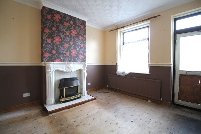 Lounge of Highwoods Road, Mexborough, Doncaster S64