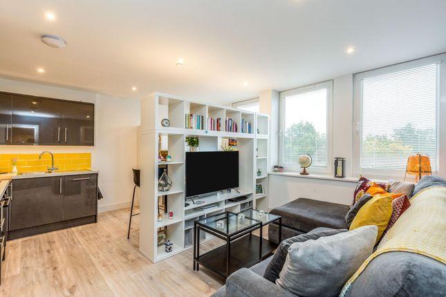 2 bed flat to rent in Stockwood Road, Brislington, Bristol BS4