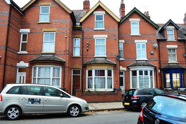 5 bed terraced house for sale in Mere Road, Leicester