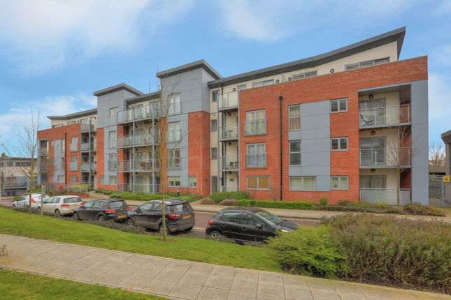 2 bed flat to rent in Barcino House, St Albans, Herts AL1