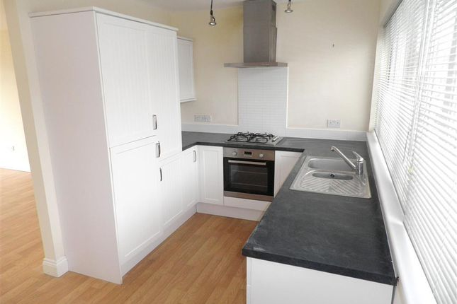 Thumbnail Town house to rent in Endsleigh Road, Plymstock, Plymouth