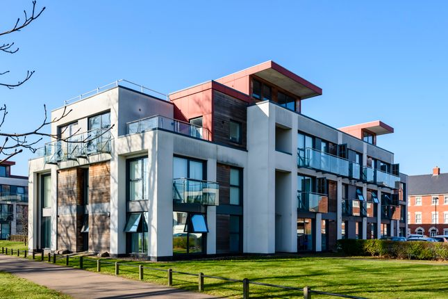 Thumbnail Flat for sale in Cavalry Road, Colchester