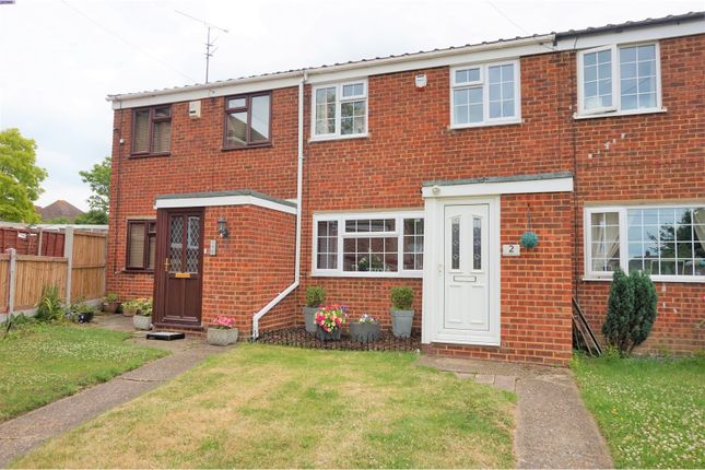 3 bed terraced house for sale in Kingsnorth Close, Rochester