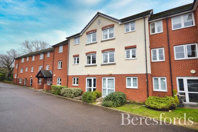 Thumbnail Flat for sale in Southwood Court, Southend Road