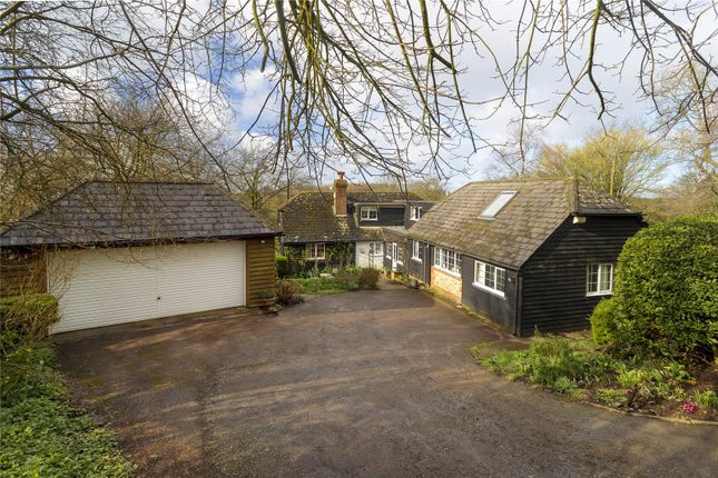Thumbnail Cottage for sale in Hastingleigh, Ashford, Kent
