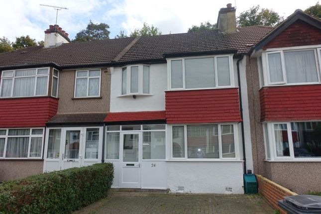 Thumbnail Terraced house to rent in Glenn Avenue, Purley