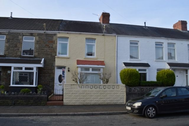 Thumbnail Terraced house to rent in Manor Road, Manselton, Swansea.