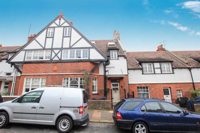Thumbnail Terraced house for sale in Lauriston Road, Preston, Brighton