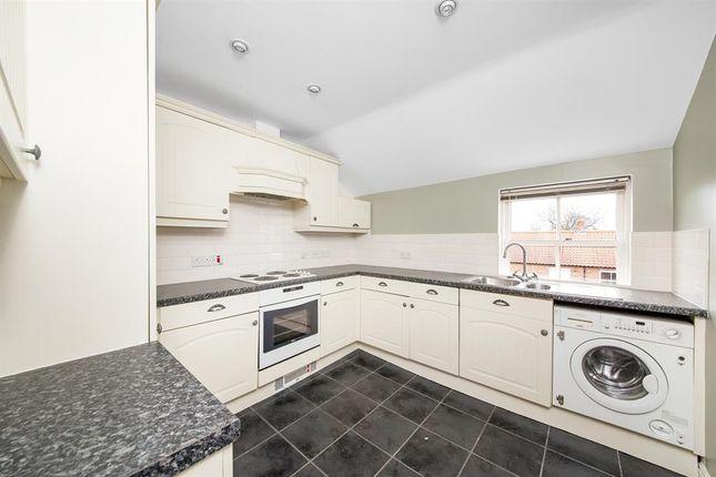 2 bed flat for sale in Wilkinsons Court, Easingwold, York YO61