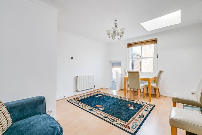 Flat in  Cambridge Gardens  London  Notting Hill