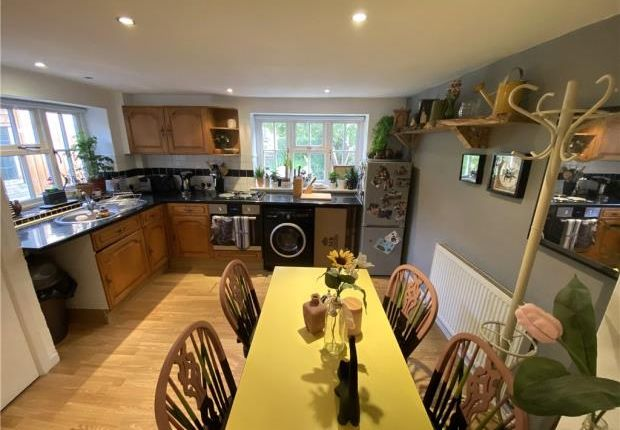 Thumbnail Semi-detached house to rent in Tooleys Cottage, The Green, Bletchingdon